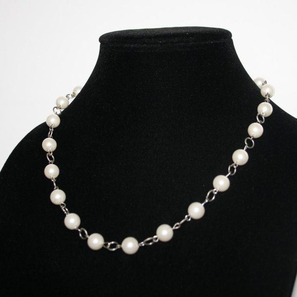 """Modern silver and pearl necklace 20"""""""